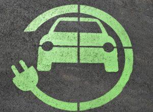 מה הן עמדות טעינה לרכבים חשמליים