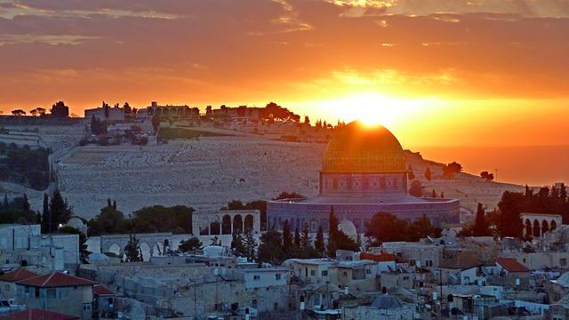 נוף ירושלמי בסלון שלכם בבית – עיצוב עם שייכות וזיקה!