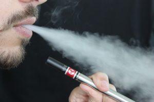 למה אנשים בוחרים לקנות סיגריה אלקטרונית חד פעמית?